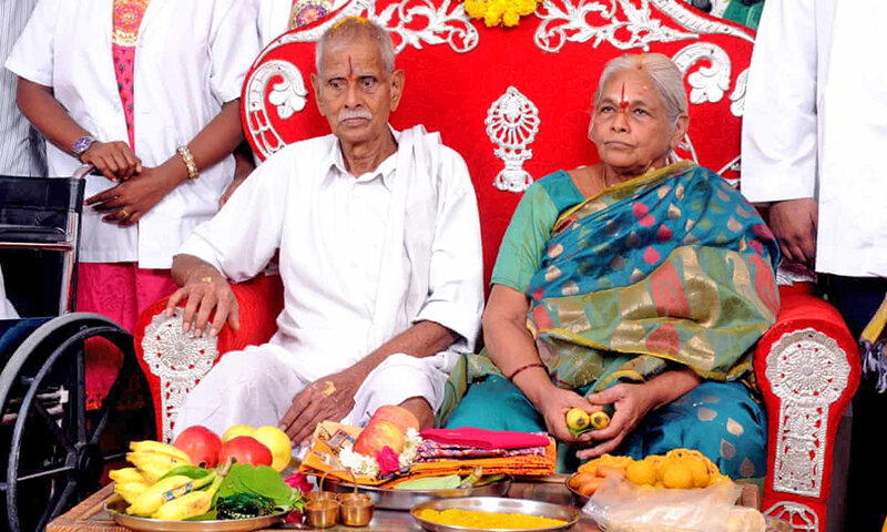 مادر 73 ساله هندي