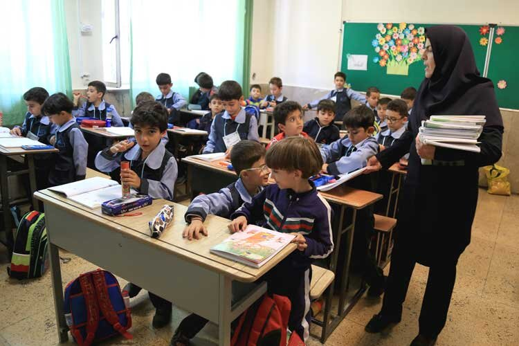 سلام ۵۰۰ هزار دانشآموز البرزی به مهر