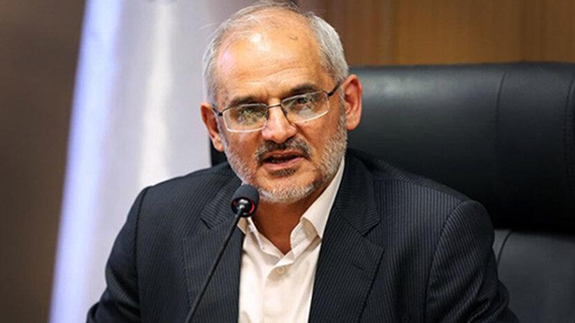 محسن حاجي ميرزايي، 833