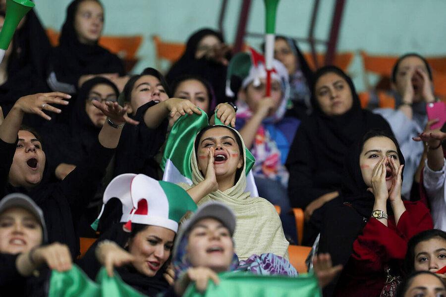 زنان در ورزشگاه آزادی؛ رویایی که تعبیر شد