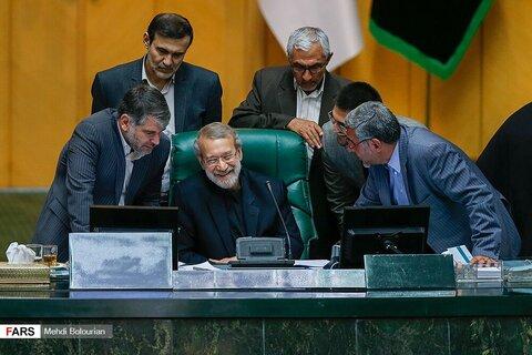 تصاوير|حضور ظریف در مجلس