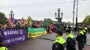 پلیس هلند ۱۳۰ کنشگر محیط زیست را بازداشت کرد