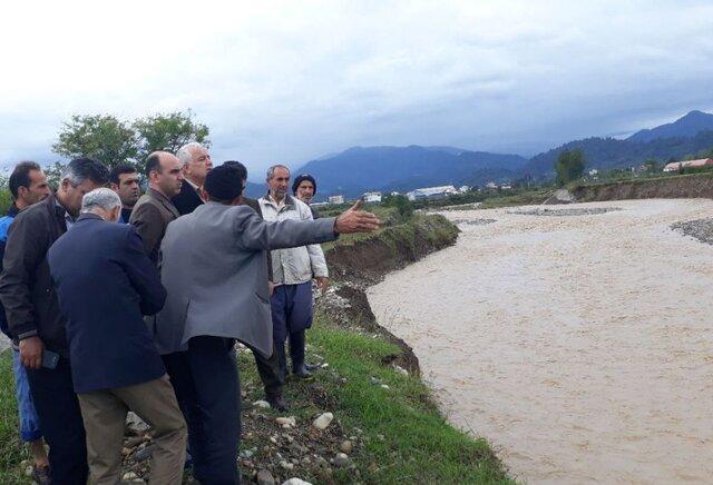 بارندگی شدید و سیل در گیلان |تخریب راههای روستایی و قطع گاز و برق برخی خانههای تالش