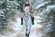 کیم جونگ اون سوار بر اسب سفید
