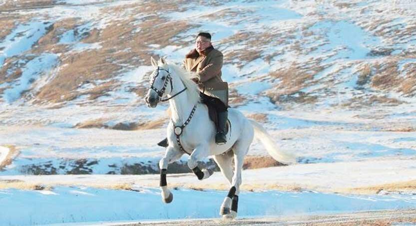 كيم جونگ اون سوار بر اسب سفيد 833