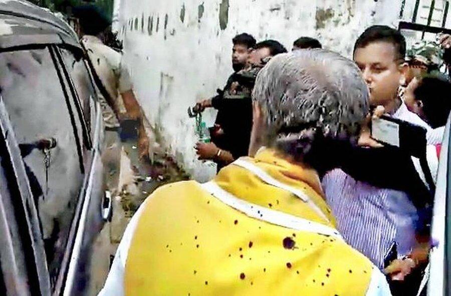 جوهر پاشي به وزير هند