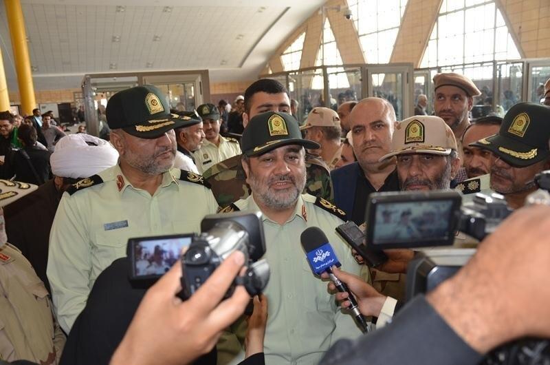 حسين اشتري فرمانده ناجا در بازديد از مرز