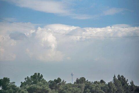 کاهش غلظت آلایندههای هوای تهران طی ساعات پایانی دوشنبه
