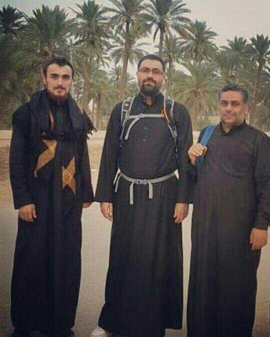 سیدیاسر و سیداحمد خمینی و سیدمصطفی موسوی بجنوردی در راهپیمایی اربعین