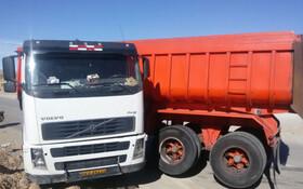 فیلم | قیچی کردن سه تریلی و واژگونی سه کامیون در مسیر گرمسار - سمنان