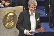 برنده نوبل اقتصاد از سقوط قریبالوقوع بازارها خبر داد