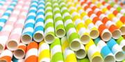 انتخاب نیهای کاغذی برای کمک به زمین | چرا مصرف نیهای پلاستیکی باید متوقف شود؟