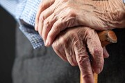 یک مدیر وزارت بهداشت: ایران در حال پیر شدن است ؛ دیگر ۲ فرزند کافی نیست