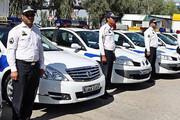 پلیس راهور با خودروهای چراغ چشمکزن برخورد میکند