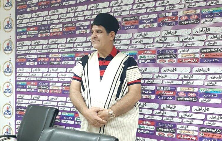 محمدرضا مهاجری - سرمربی نساجی - لباس بختیاری