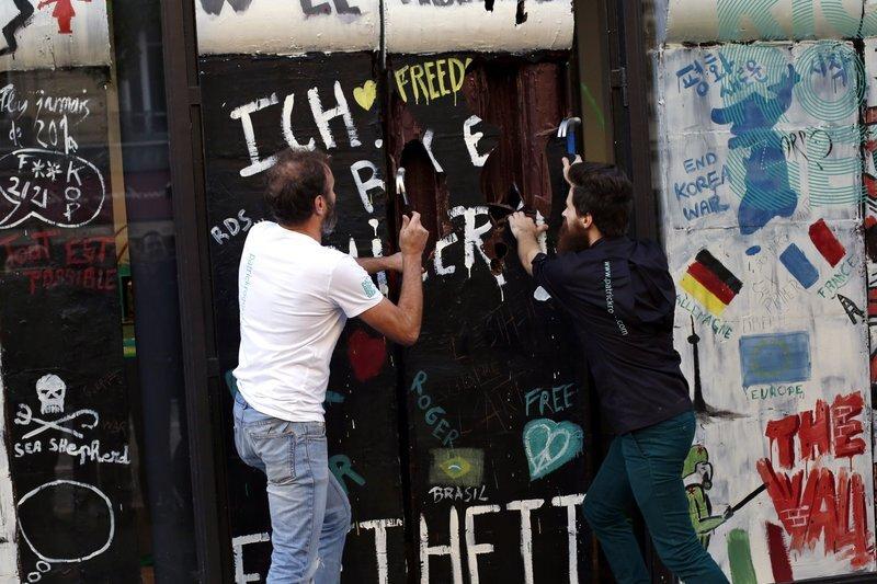 Chocolate Berlin Wall