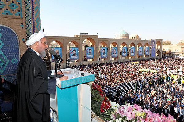 روحاني در سفر استاني به يزد