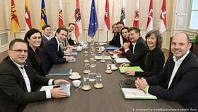 محافظهکاران اتریش برای تشکیل دولت با سبزها مذاکره میکند