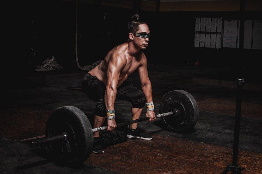 بدنسازي - وزنه - ورزش - تناسب اندام