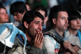 دانشمندان: تماشای شکست تیم محبوبتان در فوتبال واقعاً قلبتان را میشکند | این استرس ممکن است شما را بکشد