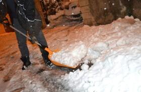 نخستین برف سنگین سال جنوب شرق فرانسه را فلج کرد