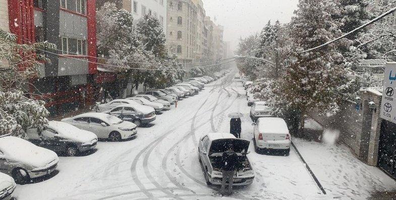 تهران - روز برفي