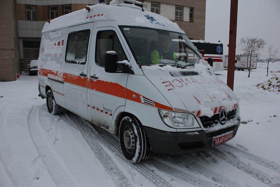آمبولانس - روز برفي