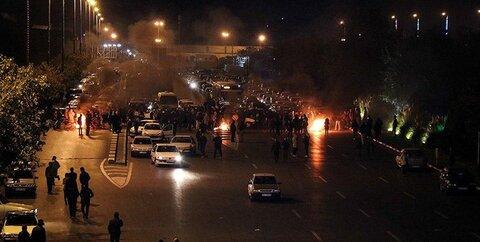 تصاویر | تخریب اموال عمومی در شیراز ؛ از تخریب ایستگاه مترو تا به آتش کشیدن یک دانشگاه