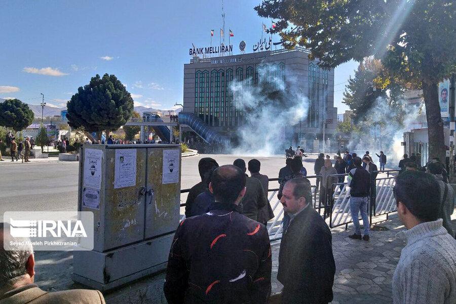 اعتراضات مردم به افزايش قيمت بنزين در هفت استان كشور