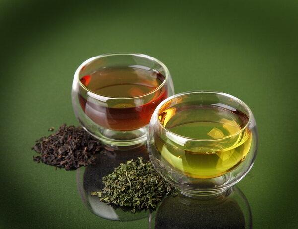 چاي سبز و سياه