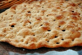 مصرف نان نمکی از عوامل مهم فشارخون در جامعه ایرانی