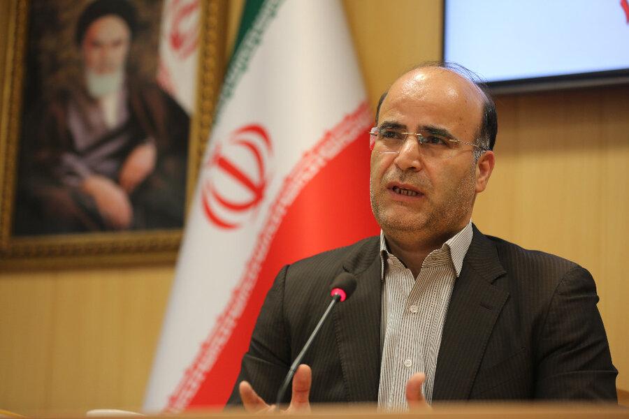 تورج فرهادی شهردار منطقه6