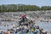 تهدید زباله و تدبیر مسئولان در آستارا