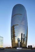 فیلم | افتتاح برج لیزا سوهو در پکن: ساختمانی با بلندترین آتریوم جهان