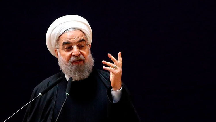 روحانی: اگر کسی بخواهد به نمایندگی از ملت صحبت کند رئیس جمهور است | دلیل تصمیم بنزینی سران قوا چه بود؟