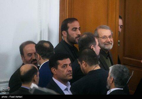 حاشیههای نشست خبری علی لاریجانی