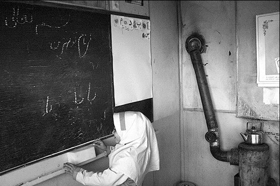 بخاري نفتي در مدرسه