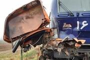 باقی مانده کامیون بعد از تصادف با قطار