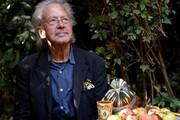 تحریم مراسم نوبل در اعتراض به اهدای جایزه ادبیات به پیتر هاندکه | شرم آور است