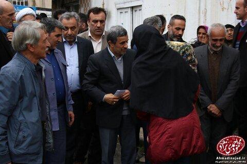 تصاویر احمدینژاد در چهلم مادر مشایی