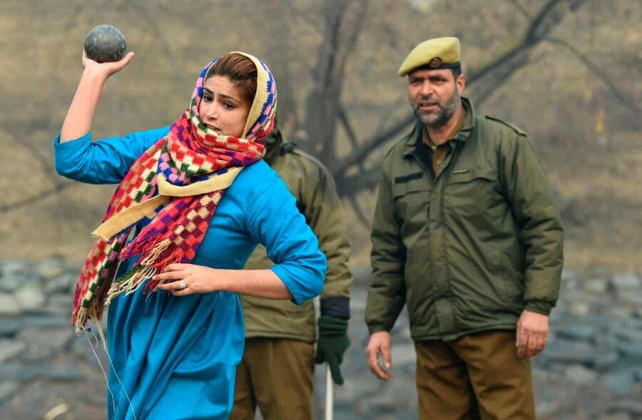 عکس روز: زن متقاضی استخدام در پلیس