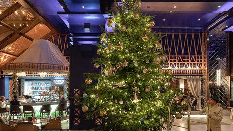 درخت کریسمس در اسپانیا به ارزش 11.9 میلیون پوند