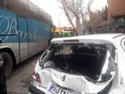 تصاویر برخورد خونین اتوبوس با ۷ خودروی پارکشده در ولنجک