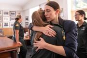 عکس روز: در آغوش نخستوزیر