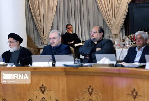 گوشهنشینی علی ربیعی در جلسه هیات دولت