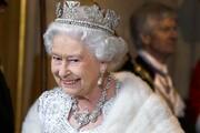 ملکه مدیر اینستا و توییتر میخواهد   یک وعده غذای گرم و ۸۵۰ میلیون تومان حقوق