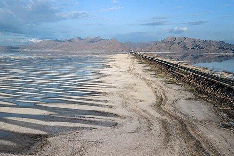 پرداخت نشدن ۶۵ درصد حقآبه دریاچه ارومیه در سال جاری  شروع سیکل معیوب سدسازی با فشار مجلس به دولت