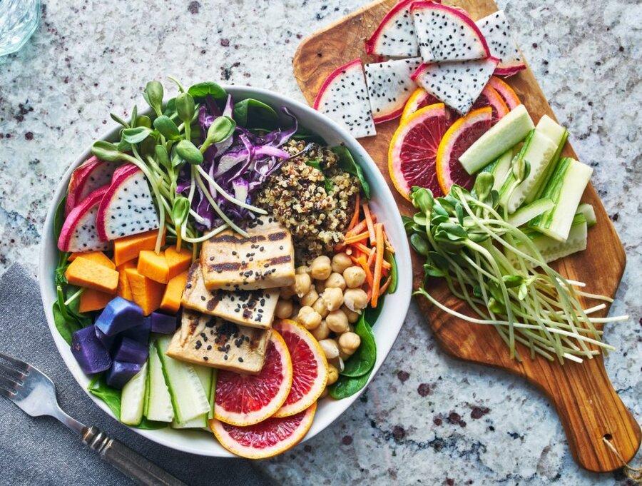 این ۱۰ ماده غذایی فوقالعاده را در دوران کرونا حتما بخورید
