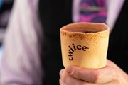 فنجانهای خوراکی با طعم وانیل برای مسافران ایرنیوزیلند