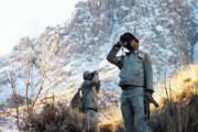 بارش برف و روزهای سخت و سرد محیطبانان دنا